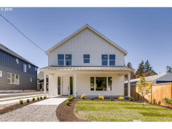 Photo of 8237 SW 46th AVE, Portland, OR 97219 (MLS # 18537399)