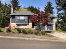 Photo of 2112 BRIDLE WAY, West Linn, OR 97068 (MLS # 18545884)