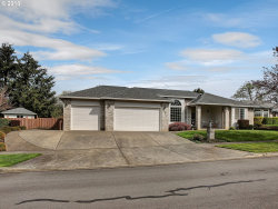 Photo of 13929 CONWAY DR, Oregon City, OR 97045 (MLS # 18569787)