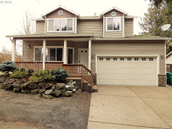 Photo of 16643 NE HASSALO ST, Portland, OR 97230 (MLS # 18603735)