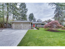 Photo of 19350 MARLIN AVE, Lake Oswego, OR 97035 (MLS # 18609287)