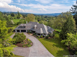 Photo of 18785 WESTVIEW DR, Lake Oswego, OR 97034 (MLS # 18622002)
