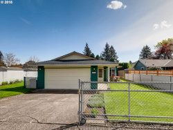 Photo of 11834 SE CORA ST, Portland, OR 97266 (MLS # 18624332)