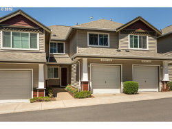 Photo of 10723 SW CANTERBURY LN , Unit 102, Tigard, OR 97224 (MLS # 18633022)