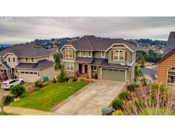 Photo of 13627 SE MOUNTAIN CREST DR, Happy Valley, OR 97086 (MLS # 18635268)