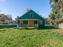 Photo of 3004 SE 85TH AVE, Portland, OR 97266 (MLS # 18643609)