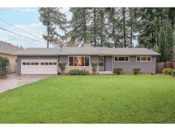 Photo of 16555 SE MAIN ST, Portland, OR 97233 (MLS # 18654966)