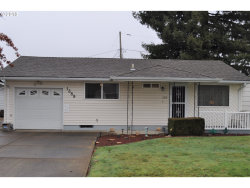 Photo of 1389 UMPQUA RD, Woodburn, OR 97071 (MLS # 18658319)