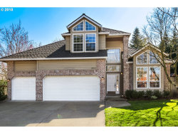 Photo of 2925 HUNTER WAY, West Linn, OR 97068 (MLS # 18661094)