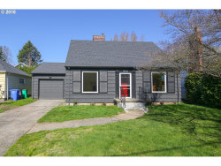 Photo of 8046 SW CAPITOL HILL RD, Portland, OR 97219 (MLS # 18663924)
