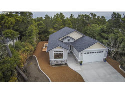 Photo of 7 SEA WATCH PL, Florence, OR 97439 (MLS # 18666219)