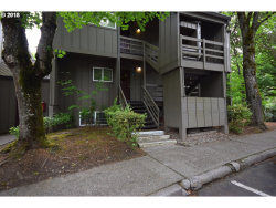 Photo of 4 TOUCHSTONE , Unit 62, Lake Oswego, OR 97035 (MLS # 18684879)