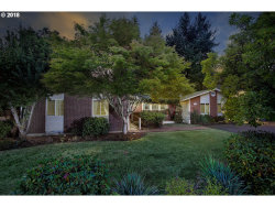 Photo of 15105 SW 98TH AVE, Tigard, OR 97224 (MLS # 18693112)
