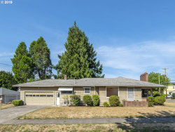 Photo of 2709 SE 79TH AVE, Portland, OR 97206 (MLS # 19008078)