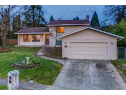Photo of 15922 NE SISKIYOU ST, Portland, OR 97230 (MLS # 19030170)