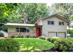 Photo of 9131 SW 40TH AVE, Portland, OR 97219 (MLS # 19033571)