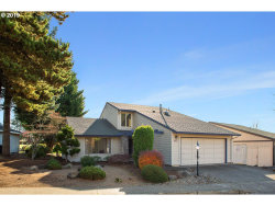 Photo of 10920 SW HIGHLAND DR, Tigard, OR 97224 (MLS # 19035078)