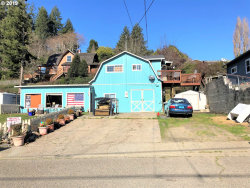 Photo of 1148 MINNESOTA, Coos Bay, OR 97420 (MLS # 19040069)