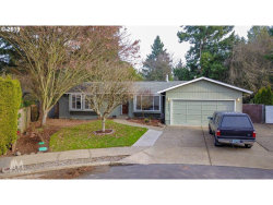Photo of 13795 SW COWLES CT, Tigard, OR 97223 (MLS # 19040487)