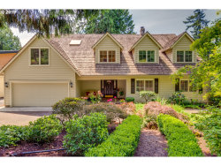 Photo of 476 SW RIVER BEND DR, West Linn, OR 97068 (MLS # 19048463)