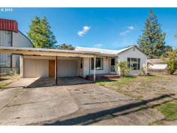 Photo of 578 W SHENANDOAH ST, Roseburg, OR 97471 (MLS # 19051427)