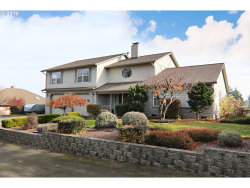 Photo of 9800 SE CASTLE CT, Damascus, OR 97089 (MLS # 19062218)