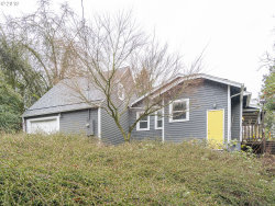 Photo of 205 SW TAYLORS FERRY RD, Portland, OR 97219 (MLS # 19070570)