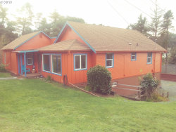 Photo of 1037 JACKSON ST, Port Orford, OR 97465 (MLS # 19076426)