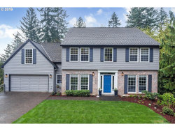 Photo of 10734 SW INVERNESS CT, Portland, OR 97219 (MLS # 19082357)