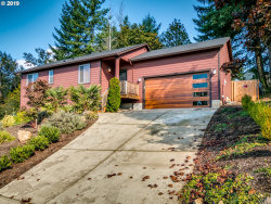 Photo of 598 NE SHAFFORD ST, Estacada, OR 97023 (MLS # 19093799)