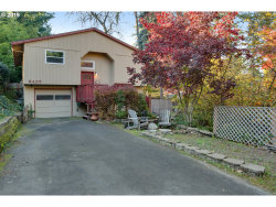 Photo of 9425 SW 51ST AVE, Portland, OR 97219 (MLS # 19118337)