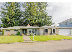 Photo of 910 GATCH ST, Woodburn, OR 97071 (MLS # 19122042)