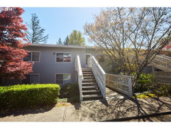 Photo of 3433 MCNARY PKWY , Unit 211, Lake Oswego, OR 97035 (MLS # 19126523)