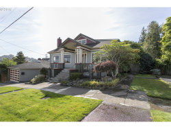 Photo of 413 Franklin AVE, Astoria, OR 97103 (MLS # 19142769)
