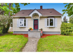Photo of 2701 SE 87TH AVE, Portland, OR 97266 (MLS # 19144235)