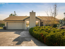 Photo of 1675 NW YOUNGWOOD CT, Roseburg, OR 97471 (MLS # 19148095)