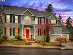 Photo of 13729 SW ESSEX DR, Tigard, OR 97223 (MLS # 19157446)