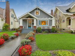 Photo of 2058 SE SPRUCE AVE, Portland, OR 97214 (MLS # 19163667)