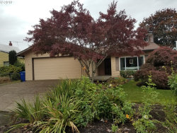 Photo of 12090 SE 37TH AVE, Milwaukie, OR 97222 (MLS # 19170920)