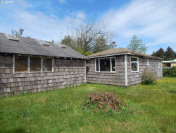 Photo of 63522 S SPRING RD, Coos Bay, OR 97420 (MLS # 19178300)