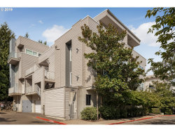 Photo of 614 SW NEVADA ST , Unit D, Portland, OR 97219 (MLS # 19185304)
