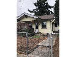 Photo of 5254 SE 74TH AVE, Portland, OR 97206 (MLS # 19187221)