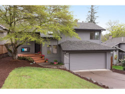 Photo of 16570 SW WOODCREST AVE, Tigard, OR 97224 (MLS # 19188105)