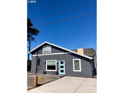 Photo of 1609 NW 32ND ST, Lincoln City, OR 97367 (MLS # 19198362)