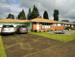 Photo of 10439 NE HOYT ST, Portland, OR 97220 (MLS # 19200335)