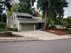 Photo of 11305 SW WILLOW WOOD CT, Tigard, OR 97223 (MLS # 19205235)