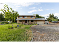 Photo of 975 CLYDESDALE LN, Hermiston, OR 97838 (MLS # 19207082)