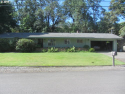 Photo of 2161 W FOOTHILL DR, Roseburg, OR 97471 (MLS # 19236147)