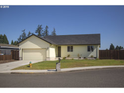 Photo of 400 E 10TH PL, Junction City, OR 97448 (MLS # 19246960)