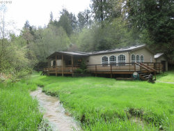Photo of 925 E 3RD, Coquille, OR 97423 (MLS # 19255342)
